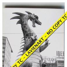 Fotografía antigua: FOTOGRAFÍA VALENCIA - FALLA PLAZA DEL CAUDILLO - FUERA CONCURSO - 1965 . Lote 179556990