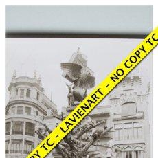 Fotografía antigua: FOTOGRAFÍA VALENCIA FALLA - PLAZA DEL MERCADO - FALLA DE LOS TAXISTAS - 1968. Lote 179557375