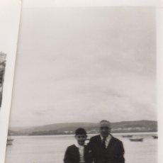 Fotografía antigua: FOTOGRAFIA FOTO FAMILIAR ABUELO CON NIÑO LA CORUÑA 1970. Lote 180102593