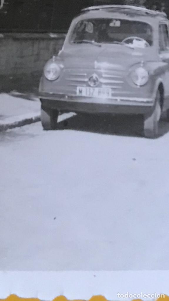 Fotografía antigua: Fiat seiscientos coche 600 antigua fotografia 1956 Burgos coche vintage seicento 9,1x6,6 cm - Foto 2 - 180386231