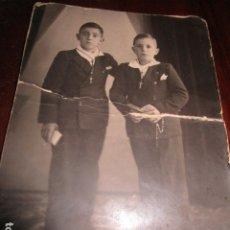 Fotografía antigua: MIRANDA EBRO MIRANDESES 1ª COMUNIO FOTOGRAFO QUESADAN . Lote 181603390
