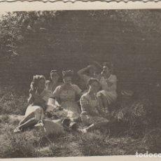 Fotografía antigua: FOTOGRAFIA FOTO ARTISTICA MUJERES POSANDO EN SAN CLIMENT 1948. Lote 182950826