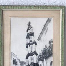 Fotografía antigua: FOTOGRAFÍAS DE LLORENÇ DEL PENEDES FESTA MAJOR. CASTELLERS DELS NENS DEL VENDRELL.GUIXENS. 1950'S.. Lote 183659110