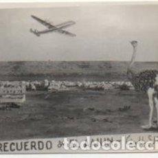 Fotografía antigua: FOTOGRAFIA RECUERDO DEL AAIUN. FOTO AVION. FRANCISCO GOMEZ. 8X5,7 CM. FOTSEV-905. Lote 184089755