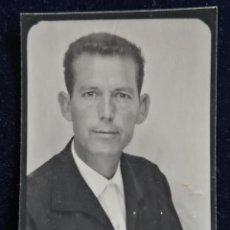 Fotografía antigua: FOTOGRAFÍA CARNET CABALLERO . Lote 186401610