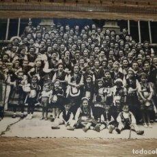 Fotografía antigua: FOTO ANTIGUA - LLANES (FIESTA DE SAN ROQUE). Lote 189976765