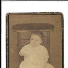 Fotografia antica: 105-EXTRAORDINARIA FOTOGRAFIA ANTIGUA -DE UNA NIÑA -FOTO - TORQUEMADA -REGALADO,10 VALLADOLID. Lote 190768310