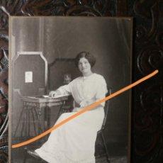 Fotografía antigua: FOTOGRAFÍA ANTIGUA. SEÑORITA. ALEMANIA.. Lote 191740448