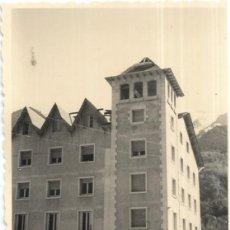 Fotografía antigua: == F379 - FOTOGRAFÍA - PAISAJE - EDIFICIO. Lote 192869727