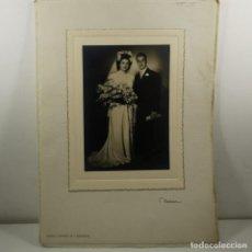 Fotografía antigua: FOTOGRAFIA - BODA PAREJA - AÑOS 20 - NUMEN - RONDA S. ANTONIO, 30 - BARCELONA - 32,5 X 24 CM / TC-2. Lote 194222891