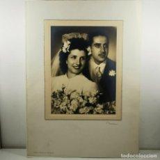Fotografía antigua: FOTOGRAFIA - BODA PAREJA - AÑOS 20 - NUMEN - RONDA S. ANTONIO, 30 - BARCELONA - 43 X 31 CM / TC-2. Lote 194222973