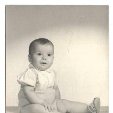Fotografía antigua: FOTOGRAFIA ANTIGUA - UN NIÑO - FOTO - PRADOS - PASEO DELICIAS , 107 - MADRID. Lote 194275777