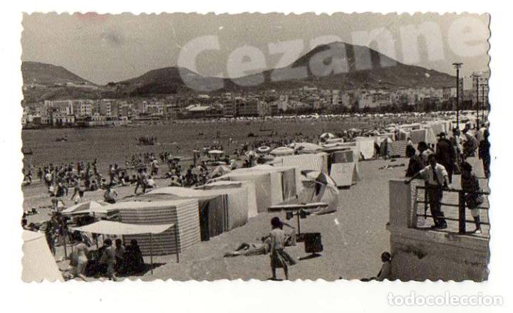 PLAYA DE LAS CANTERAS. LAS PALMAS DE GRAN CANARIA. CASETAS DE BAÑO. 11,5 X 6,5 CM. (Fotografía - Artística)