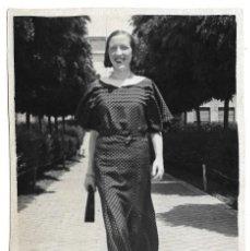 Fotografía antigua: FOTOGRAFIA ANTIGUA - UNA DAMA - FOTO - - - - -. Lote 194389916
