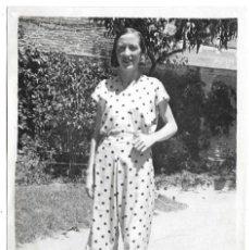 Fotografía antigua: FOTOGRAFIA ANTIGUA - UNA DAMA - FOTO - - - - - . Lote 194389992