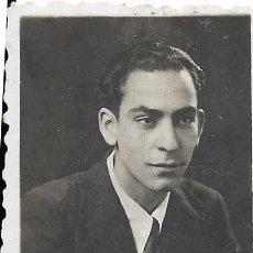 Fotografía antigua: == FP503 - FOTOGRAFIA PEQUEÑO FORMATO - JOVEN - 5,5 X 4 CM.. Lote 194544563