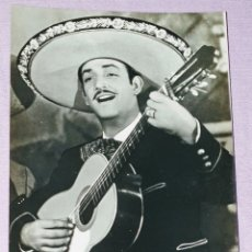 Fotografía antigua: ANTIGUA FOTO POSTAL DE JORGE NEGRETE POSTAL BEA N° 647 P.E.P. MADRID. Lote 194604535