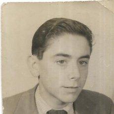 Fotografía antigua: == FP732 - FOTOGRAFIA PEQUEÑO FORMATO - GUAPO JOVEN - 6 X 4 CM.. Lote 194630586