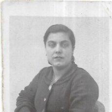 Fotografía antigua: == FP774 - FOTOGRAFIA PEQUEÑO FORMATO - SEÑORA - 6,5 X 4,5 CM.. Lote 194649157