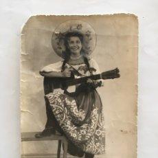 Fotografía antigua: FOTO. JOVEN Y GUAPA MEXICANA. FOTÓGRAFO?.. Lote 194662720