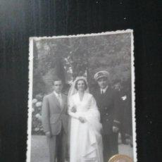 Fotografía antigua: FOTO BODA SAN SEBASTIÁN DONOSTIA GIPUZKOA UNIFORME MARINO. Lote 194927803
