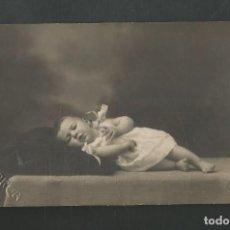 Fotografía antigua: ANTIGUA FOTOGRAFIA NIÑO/A FOTO G. GARCIA - COMILLAS - SANTANDER. Lote 194969100