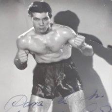 Fotografía antigua: FOTO BOXEADOR SANTANA CON DEDICATORIA. Lote 195106586