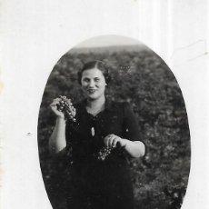 Fotografía antigua: == GG192 - FOTOGRAFIA - BONITA JOVEN. Lote 195235763