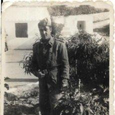 Fotografía antigua: == GG196 - FOTOGRAFIA - JOVEN SOLDADO. Lote 195236197
