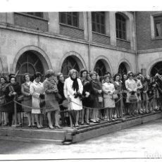 Fotografía antigua: FOTOGRAFIA ANTIGUA - GRUPO DE DAMAS EN UN EVENTO EN BURGOS - FOTO-FEDE - LAIA CALVO,21- BURGOS. Lote 195313088