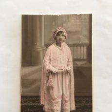 Fotografía antigua: FOTO. NIÑA EN SU 1ª COMUNIÓN. FERRI, FOTÓGRAFO. VALENCIA. H. 1925?.. Lote 195370671