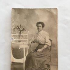 Fotografía antigua: FOTO. JOVEN SEÑORITA. FOTÓGRAFO DERREY. VALENCIA. H. 1925?.. Lote 195372181