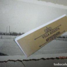 Fotografía antigua: PARTIDO DE FUTBOL DE ALICANTE ANIGUO EQUIPO EN CAMPO SOBRE 1940. Lote 196307310