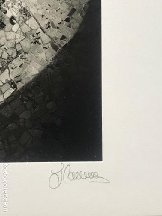 Fotografía antigua: FOTOGRAFÍA DE LLORENÇ HERRERA ALTÉS. PARQUE GÜELL.GAUDÍ. FIRMADA. - Foto 4 - 197380537
