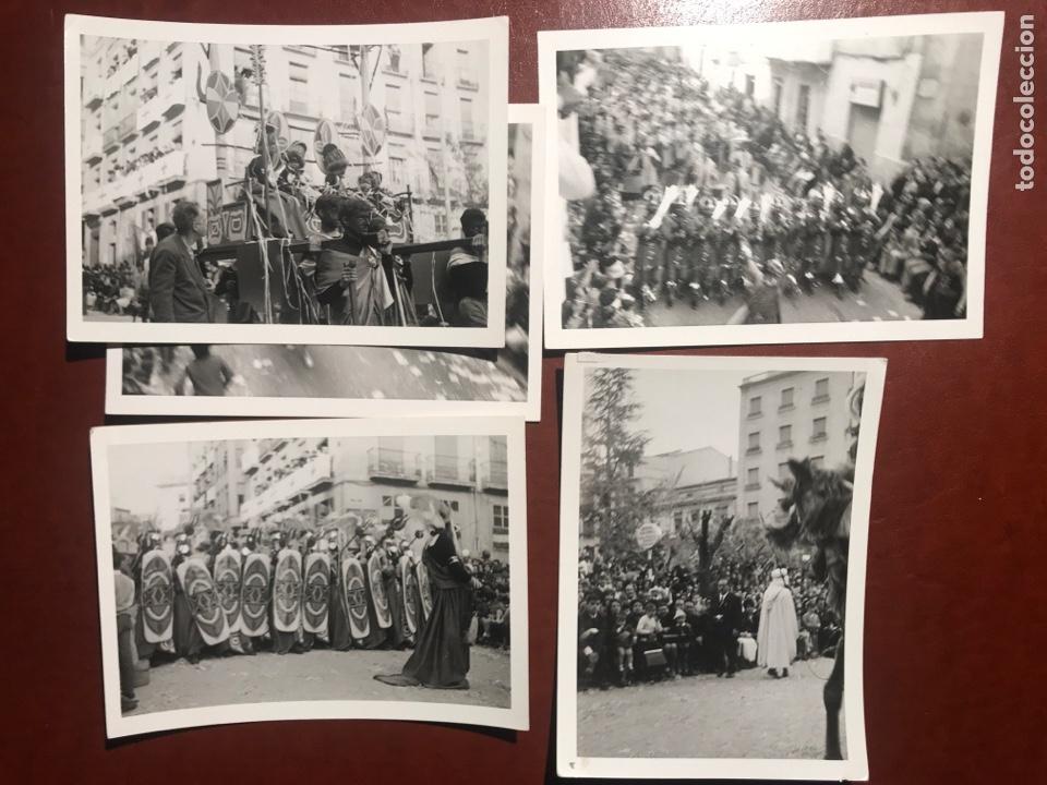 Fotografía antigua: Alcoy. Fiestas. 1965. 8 fotos - Foto 3 - 200375497
