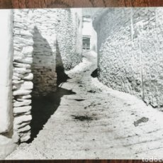 Fotografía antigua: FOTO PUEBLO DE LAS APUJARRAS. GRANADA. ORIGINAL REVELADA EN LABORATORIO. ENVIO INCLUIDO.. Lote 206372325