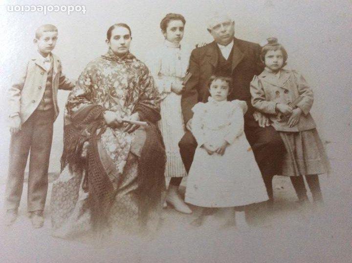 Fotografía antigua: Fotografía Eléctrica siglo XIX Prestigioso fotógrafo V. Novillo con precioso marco de mediados S.XX - Foto 2 - 157239730