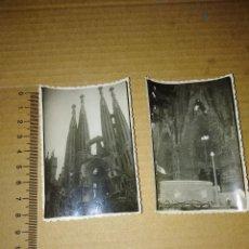 Fotografía antigua: LOTE 2 FOTOGRAFIAS BARCELONA SAGRADA FAMILIA 1952. Lote 209098475