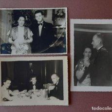 Fotografía antigua: LOTE 3 ANTIGUAS FOTOGRAFÍAS FAMILIA. CENA NAVIDAD. FIN DE AÑO. AÑOS 40. FOTO AUMENTE. VIGO.. Lote 210580223
