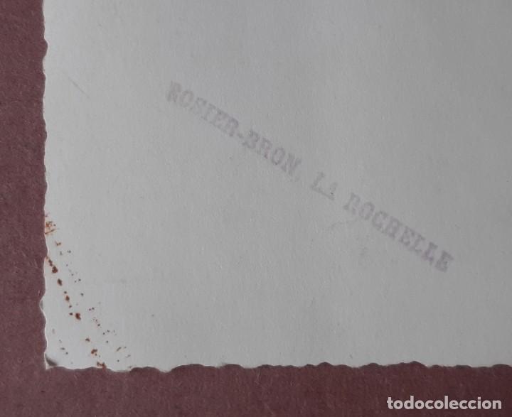 Fotografía antigua: ANTIGUA FOTOGRAFÍA GRUPO. TEATRO. ROSIER BRON. LA ROCHELLE. FRANCIA. TROQUELADA. - Foto 3 - 210586313