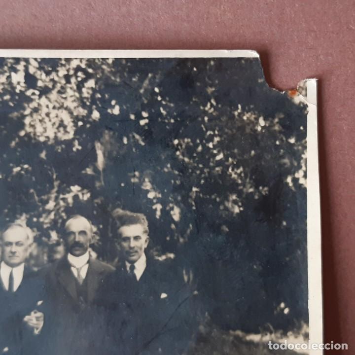 Fotografía antigua: ANTIGUA FOTOGRAFÍA GRUPO DE HOMBRES CON 2 MUJERES. AÑOS 20? 30? FRANCIA? - Foto 5 - 210587161