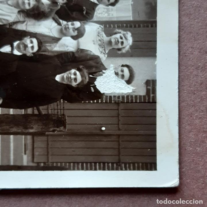 Fotografía antigua: ANTIGUA FOTOGRAFÍA TARJETA POSTAL GRUPO. PRIMERA COMUNIÓN. PRINCIPIOS DE SIGLO XX. FRANCIA? - Foto 2 - 210587782
