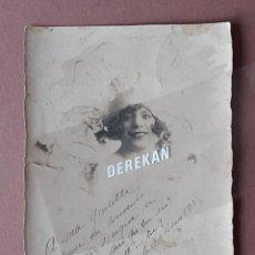 Fotografía antigua: ANTIGUA FOTOGRAFÍA MUJER JÓVEN. FOLIES BERGÈRE. ROUEN. 1928. FRANCIA. DEDICADA.. Lote 210589101