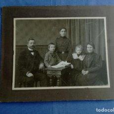 Fotografía antigua: ANTIGUA FOTO DE UNA FAMILIA ALEMANA. Lote 212479936