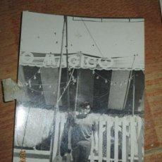 Fotografía antigua: ATRACCION FERIA EN VALENCIA CIRCO MAGICO LOTE DE 3 FOTOGRAFIAS ANTIGUAS ORIGINALES AÑOS 50-60. Lote 27228489