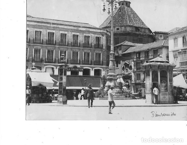 FOTOGRAFIA PLAZA DE LA CONSTITUCION DE MALAGA FOTOGRAFO BIENVENIDO MALAGA MEDIDA 18 X 24 (Fotografía - Artística)