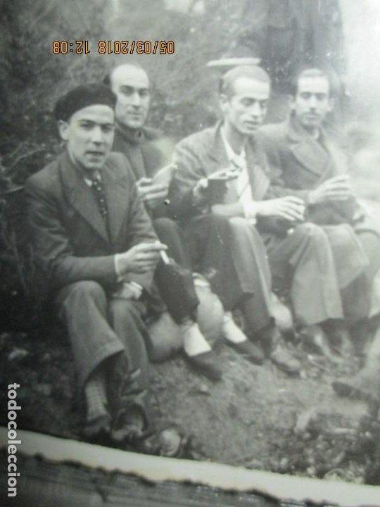 Fotografía antigua: FOTO ORIGINAL LIBERADOS CATALANES 28- I- 1938 EN BATALLA DE GUERRA CIVIL ESPAÑOLA LEGION cataluña - Foto 6 - 121317059