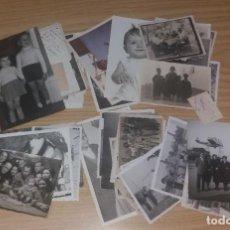 Fotografía antigua: FOTOGRAFÍA ANTIGUA. LOTE FOTOGRAFIAS FAMILIARES EN BLANCO Y NEGRO. 47 DIFERENTES, AÑOS 50. Lote 226013010