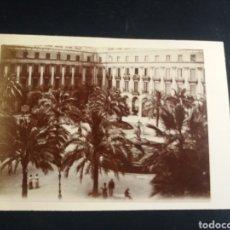 Fotografía antigua: BONITA FOTO BARCELONA 1900 PLAZA REAL 11X8CM REVERSO FOTO VISTA GENERAL CASTILLO DE LOURDES FRANCIA. Lote 226824590
