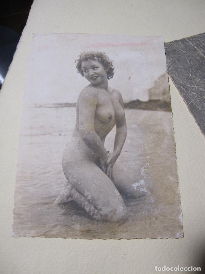 Fotografía antigua: SEIS FOTOGRAFIAS DE DESNUDOS FEMENINOS. HACIA 1940?. 15 X 10,5 CM - Foto 2 - 227601725